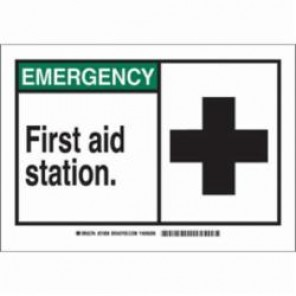 Brady® 83934 First Aid Sign, 3-1/2 in H x 5 in W, Green/Black on White, Self-Adhesive Mount, B-302 Polyester